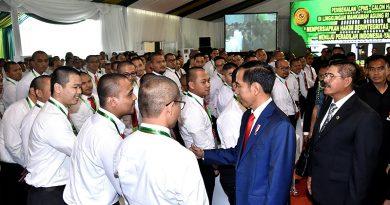 Jokowi Minta Calon Hakim Pegang Teguh Kejujuran dan Integritas