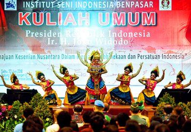 Jokowi Minta Karya Seni Dijadikan Sumber Inspirasi Pemersatu Bangsa dan Suku