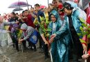 Diguyur Hujan, Ibu Negara Hadiri Acara Tanam Pohon Mangrove