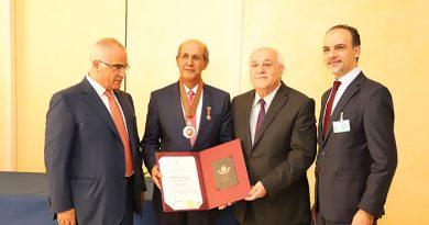 Dubes Hasan Kleib Dianugerahi Tanda Jasa oleh Presiden Palestina
