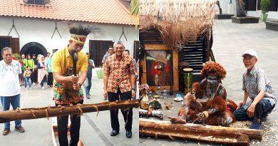 Kisah Perahu Lamalera,  Jukung Barito dan Kapal Tuban di Museum Bahari