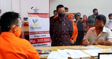 Dimulai dari Kota Bandung, Kemensos Salurkan BST Gelombang II