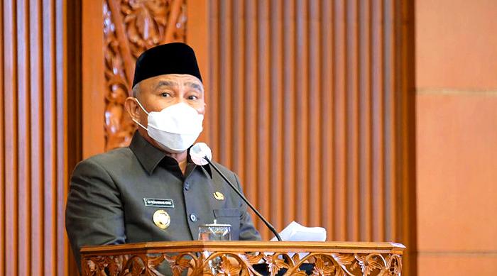 Pidato Perdana di Rapat Paripurna DPRD, Wali Kota Depok: Siap Hadapi Tantangan Era Baru New Normal