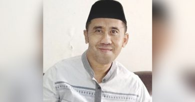 Khutbah Idul Fitri Ustad Dhiyauddin